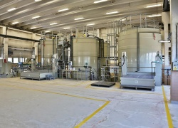 Celkový pohled na reaktory.